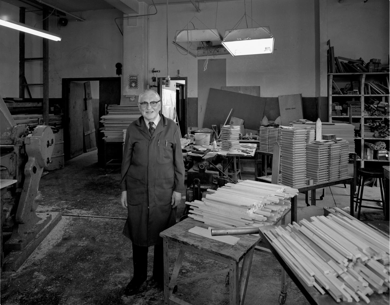 Merle Deardorff,  Camera Factory, Chicago ©1977
