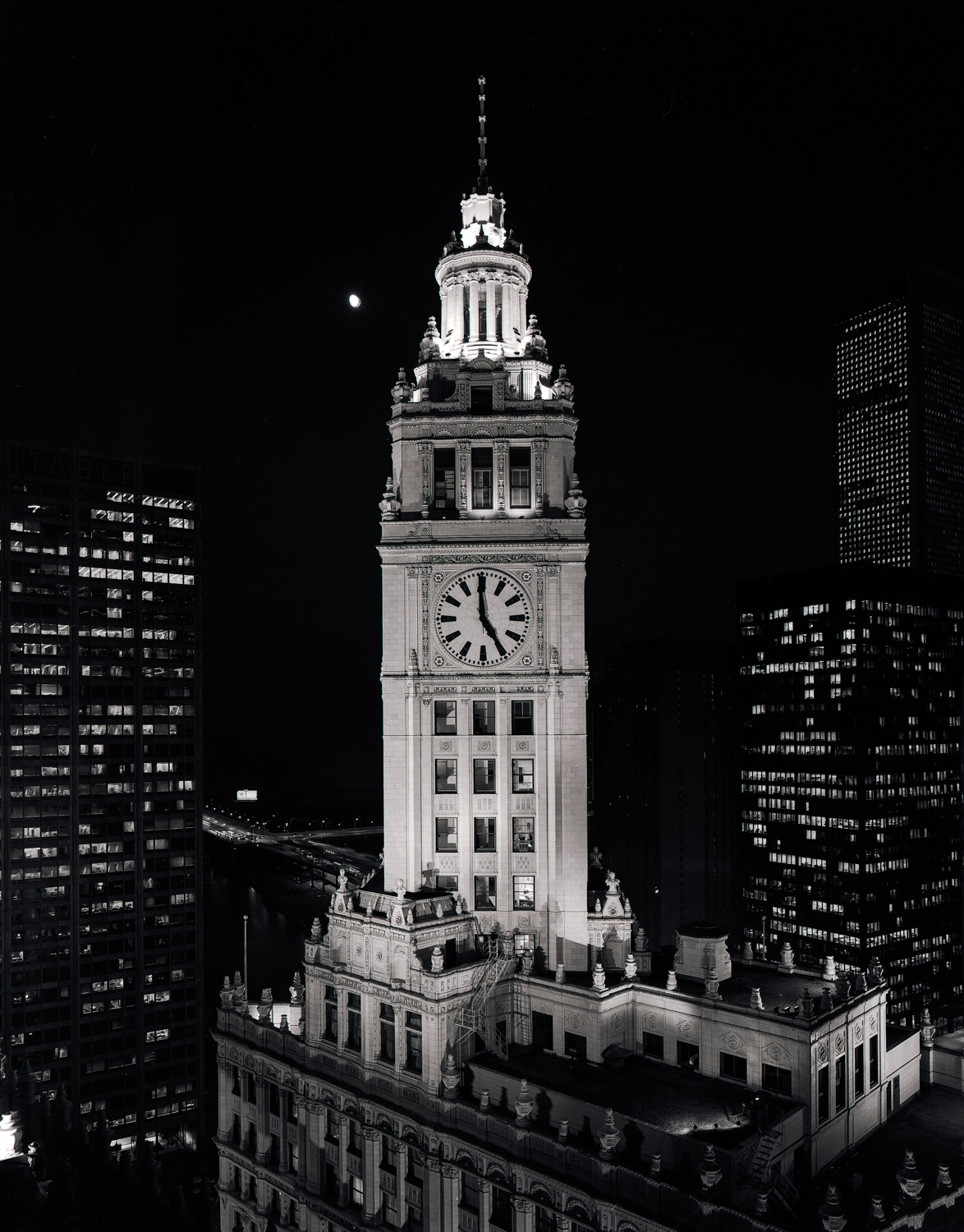Wrigley Building at 5 pm ©1981