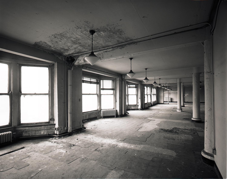 Bay Windows Manhattan ©1980