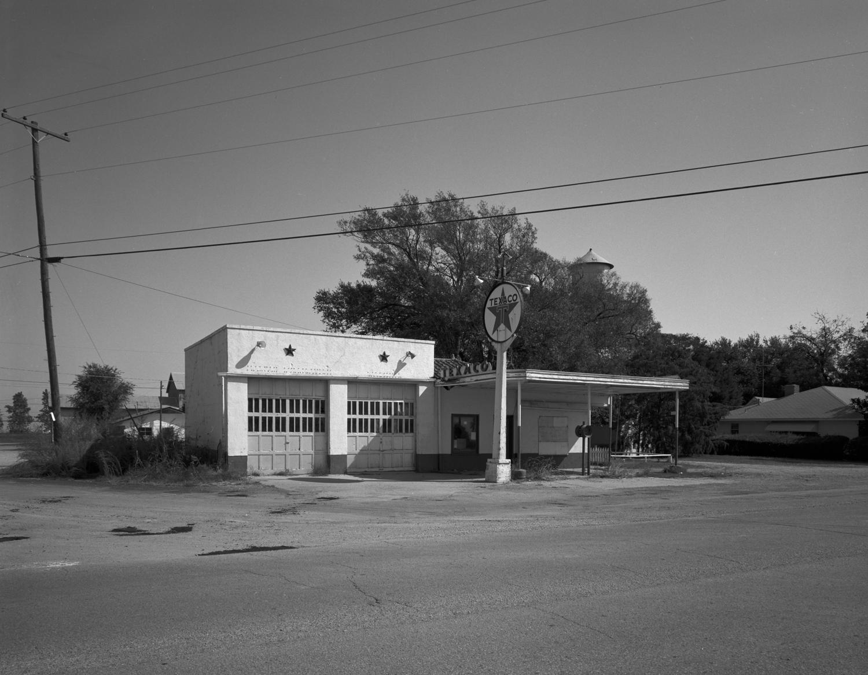 Oklahoma Texaco Station Closed 1982