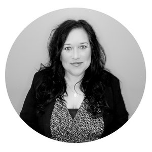 Lizabeth Herrera   Senior  Underwriter Property & Casualty   312.262.3322  Email Lizabeth