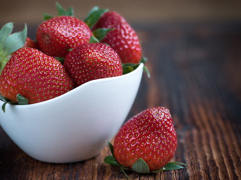 new-york-state-berry-growers-myths-about-strawberries-dirty-dozen.jpg