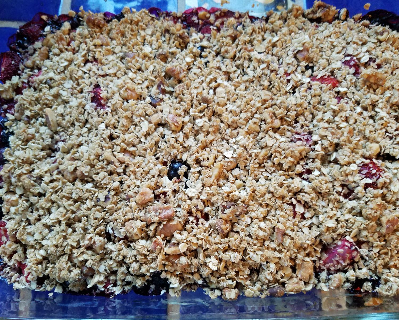 ny-berry-growers-association-vegan-berry-crisp-recipe-1.jpg