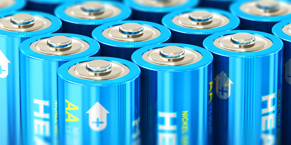 Single Use & Rechargeable Batteries