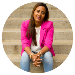 About the Podcast Host   Alma Bradford teaches freelancers and consultants how to marketing, outsourcing and project management in order to scale their business at: AlmaBradford.com