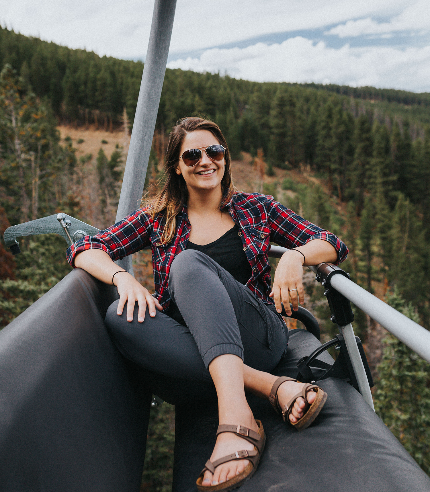 Hi Guys! - I'm Jill! I'm an East Coast native born in the wrong place! I grew up amidst a busy city & always craved being surrounded by the most magnificant nature this world has to offer.. That's why I relocated to Colorado, where endless adventures are right at my doorstep!