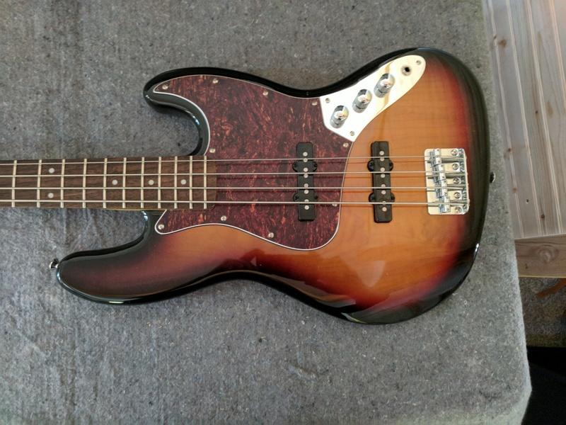 guitar (151).jpg
