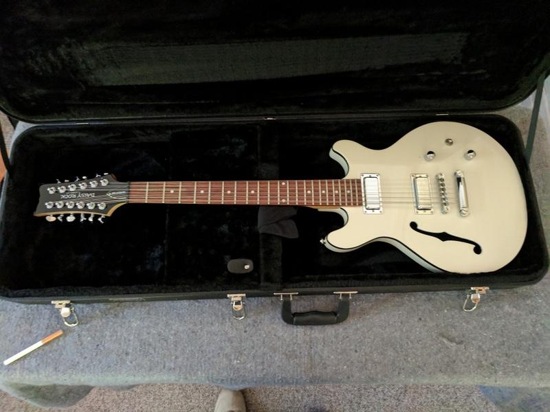 guitar (194).jpg