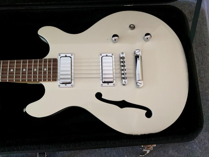 guitar (195).jpg