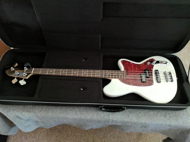 guitar (679).jpg