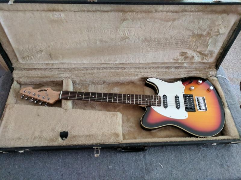 guitar (689).jpg