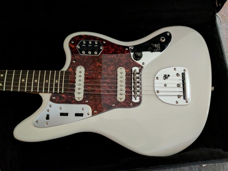 guitar (774).jpg