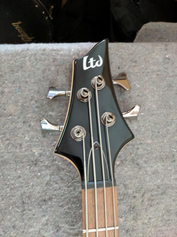 guitar (845).jpg
