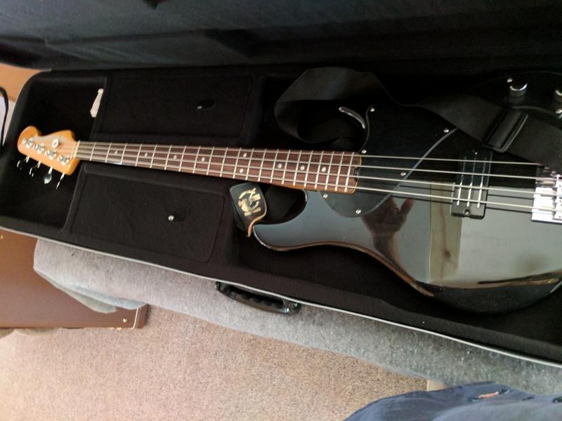 guitar (927).jpg
