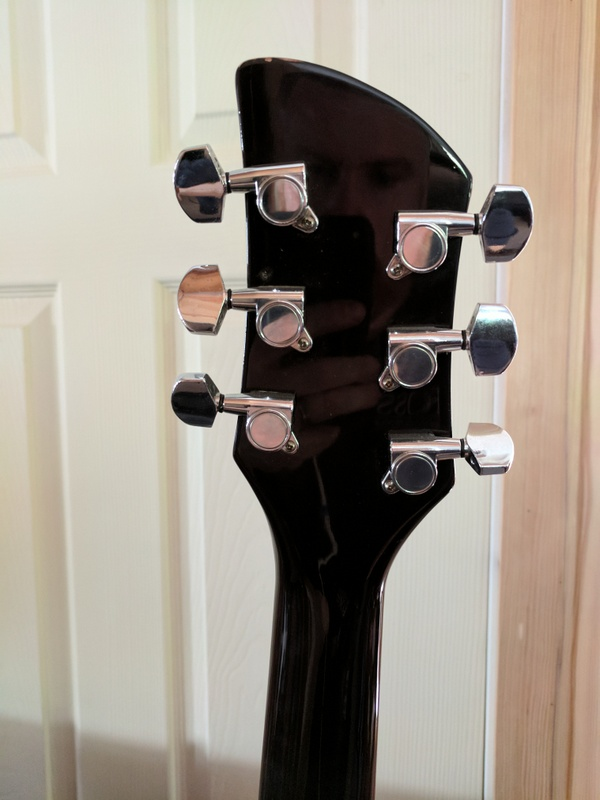 guitar (1072).jpg