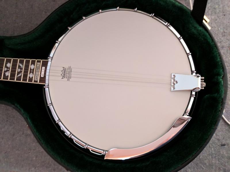 guitar (1087).jpg