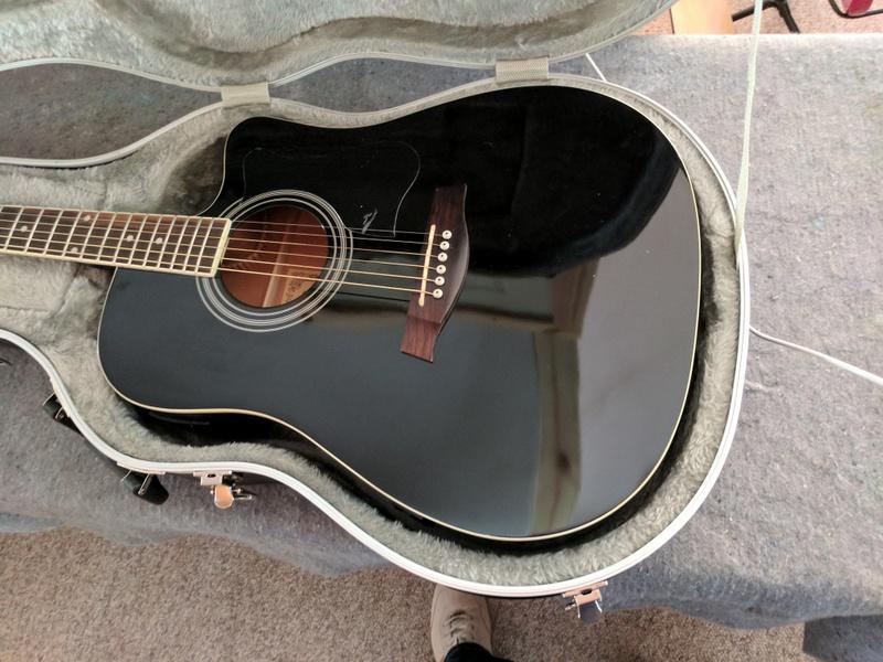 guitar (1094).jpg