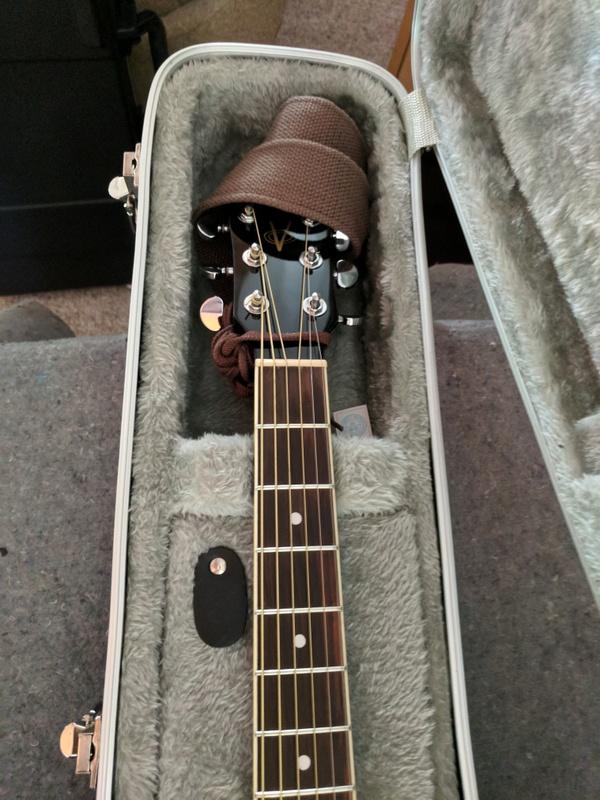 guitar (1095).jpg