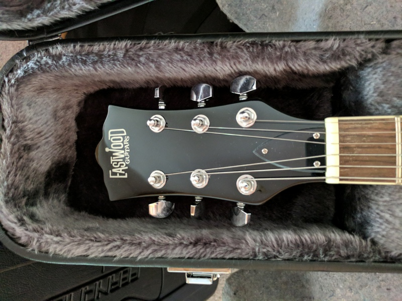 guitar (1135).jpg