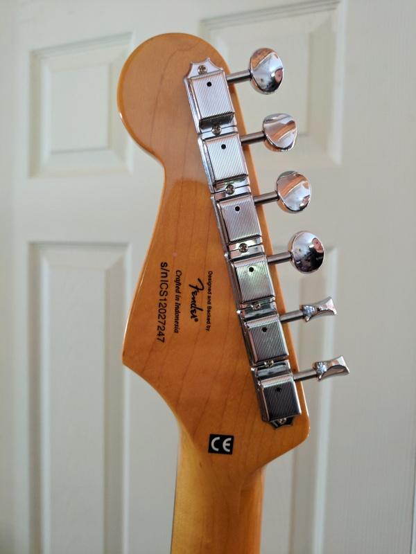 guitar (1172).jpg