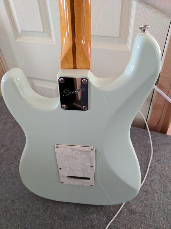 guitar (1173).jpg