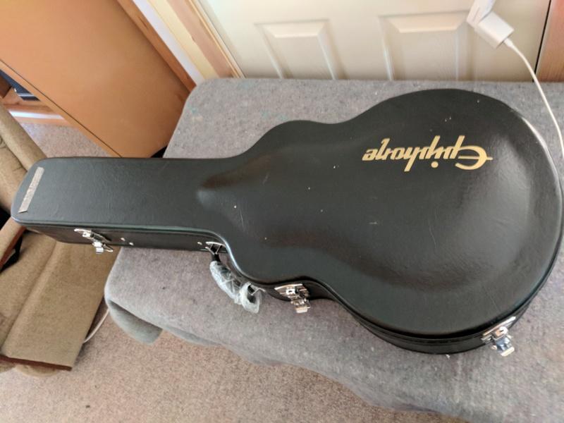guitar (1218).jpg