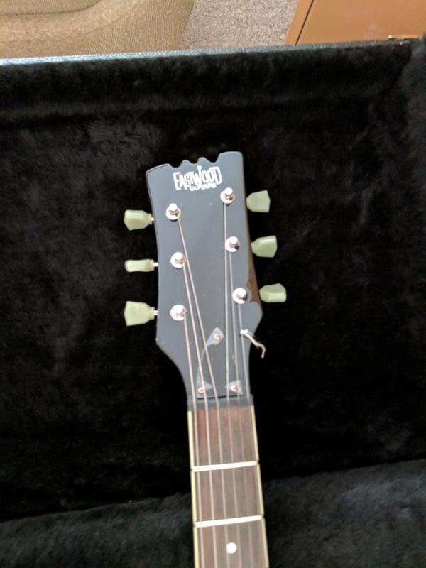 guitar (1252).jpg