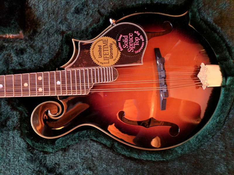 guitar (1274).jpg