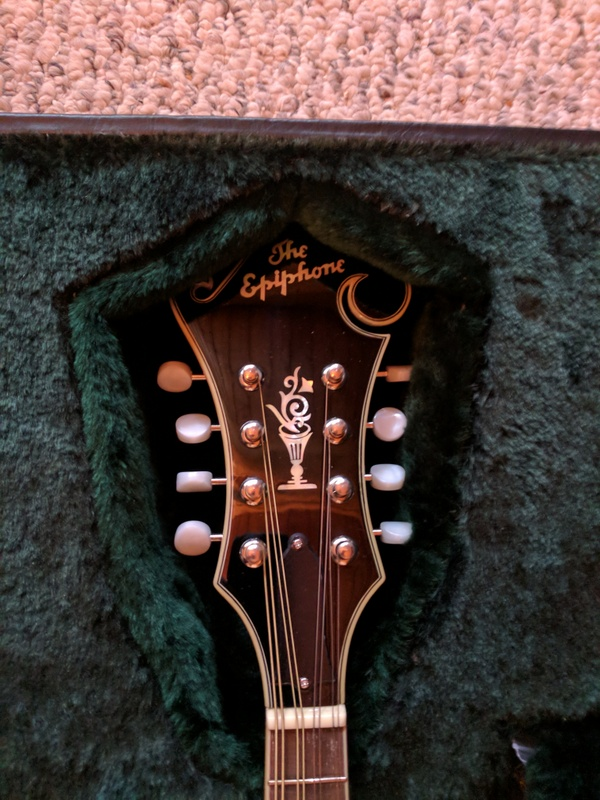 guitar (1276).jpg