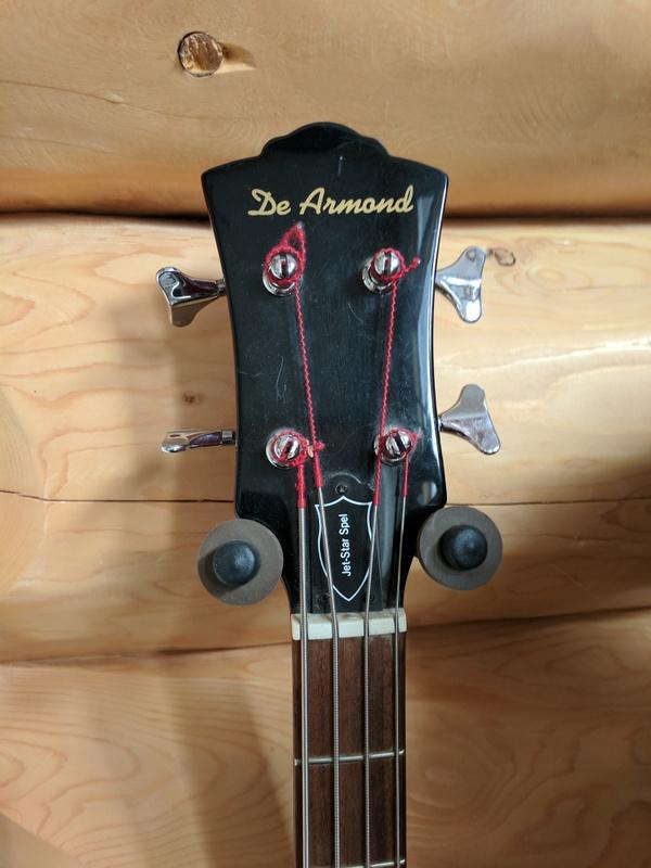 guitar (1450).jpg
