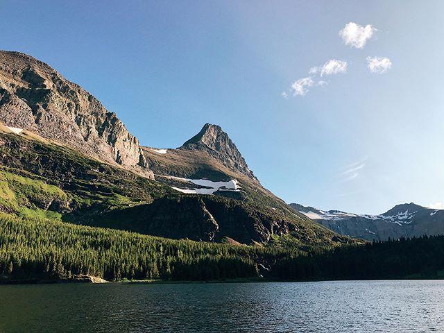 Glacierrrrrr 🤙🏽🤙🏽🤙🏽 wowee! Montana is amazing. 🐏
