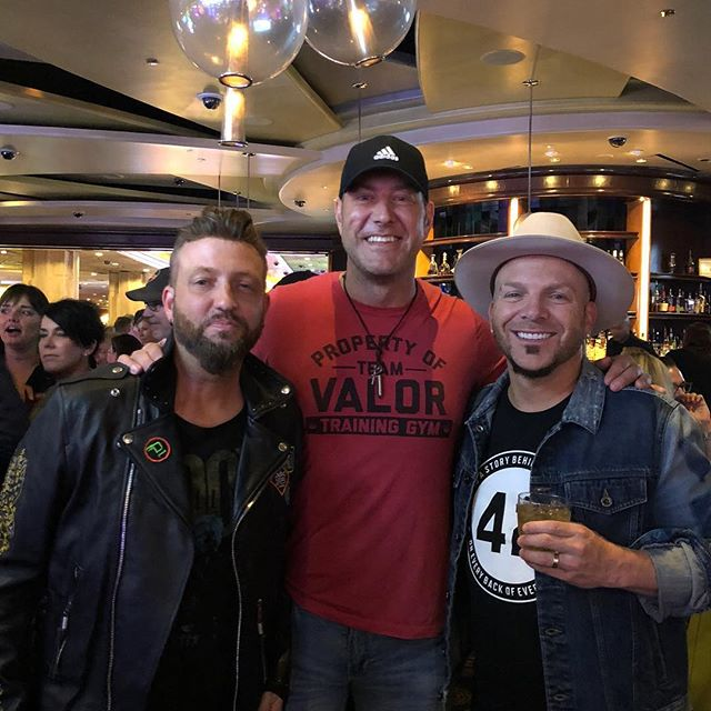 #tbt to hanging with @locash at the #ACMawards...great guys!!!