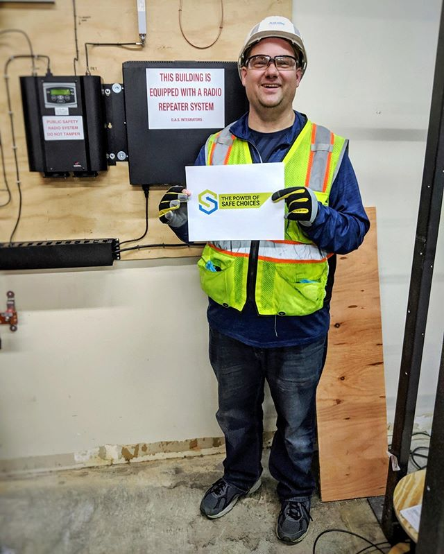 DASi is participating in Safety Week 2019! When we all make safe choices, we all win! How do you foster a culture of safety? 👷🏻‍♀️👷🏼‍♂️ #safetyweek #construction #dasi #dasintegrators #subs #lowvoltage #electrical #firstresponders #firealarm #happyfriday #instagram #instastory #denver #denvercolorado #colorado #co #usa 🇺🇸
