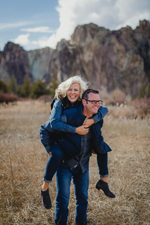 Oregon-Wedding-Engagement-Photographer-119.jpg