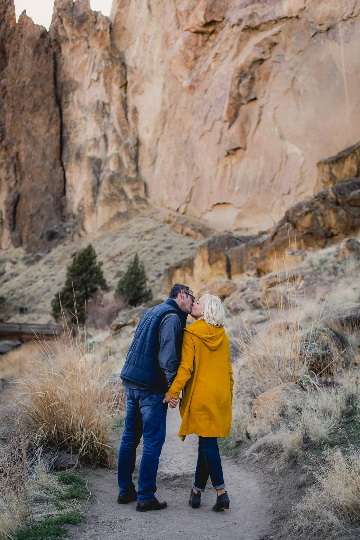 Oregon-Wedding-Engagement-Photographer-161.jpg