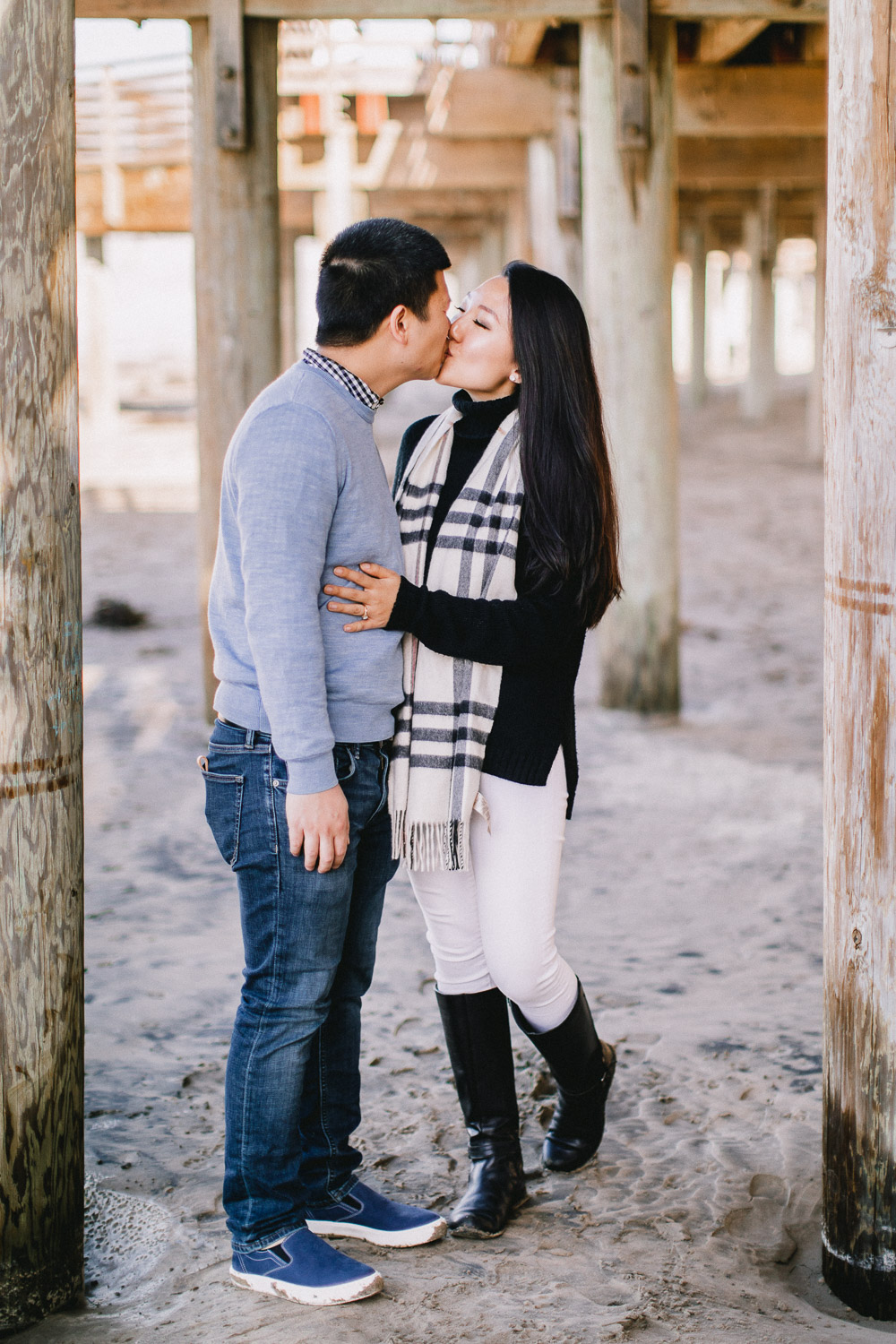 Pismo-Beach-Couples-Photography-Session-With-Puppy-112.jpg