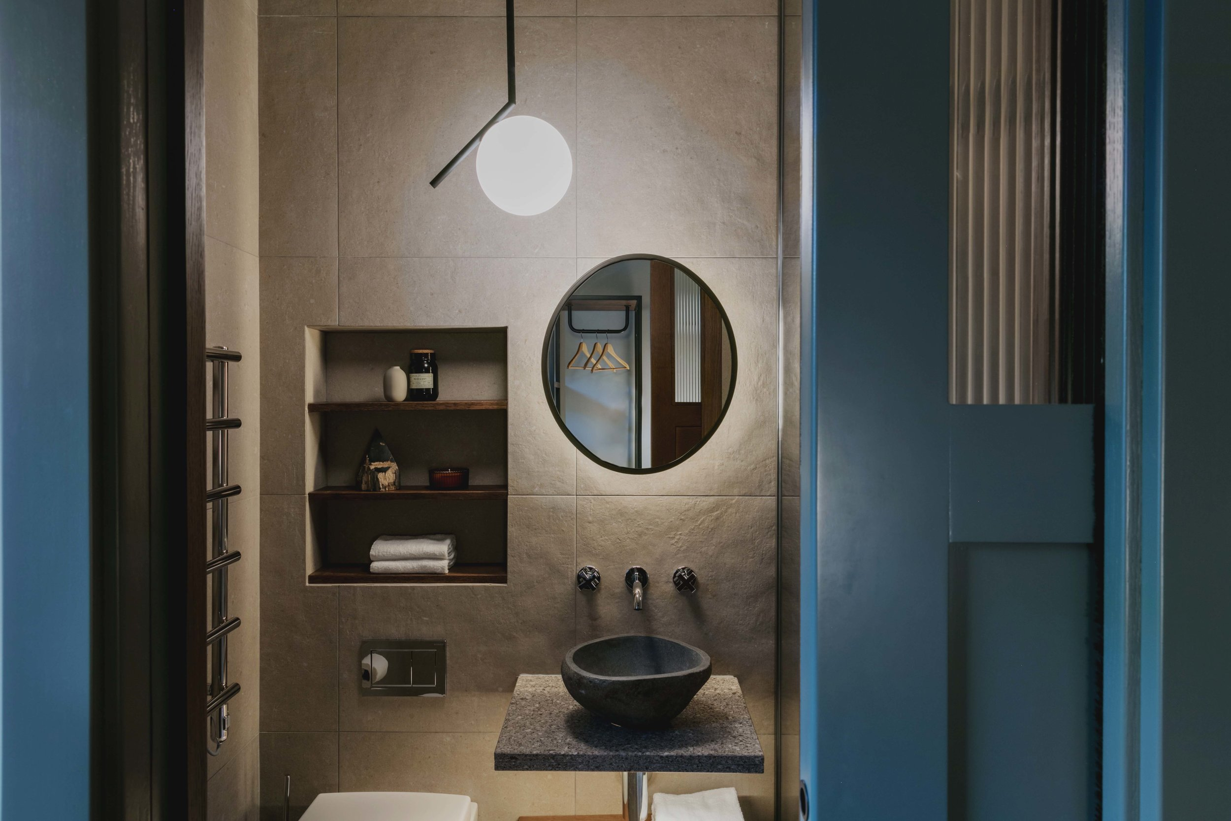 boxx-creative-bathroom-backlit-mirror.jpg