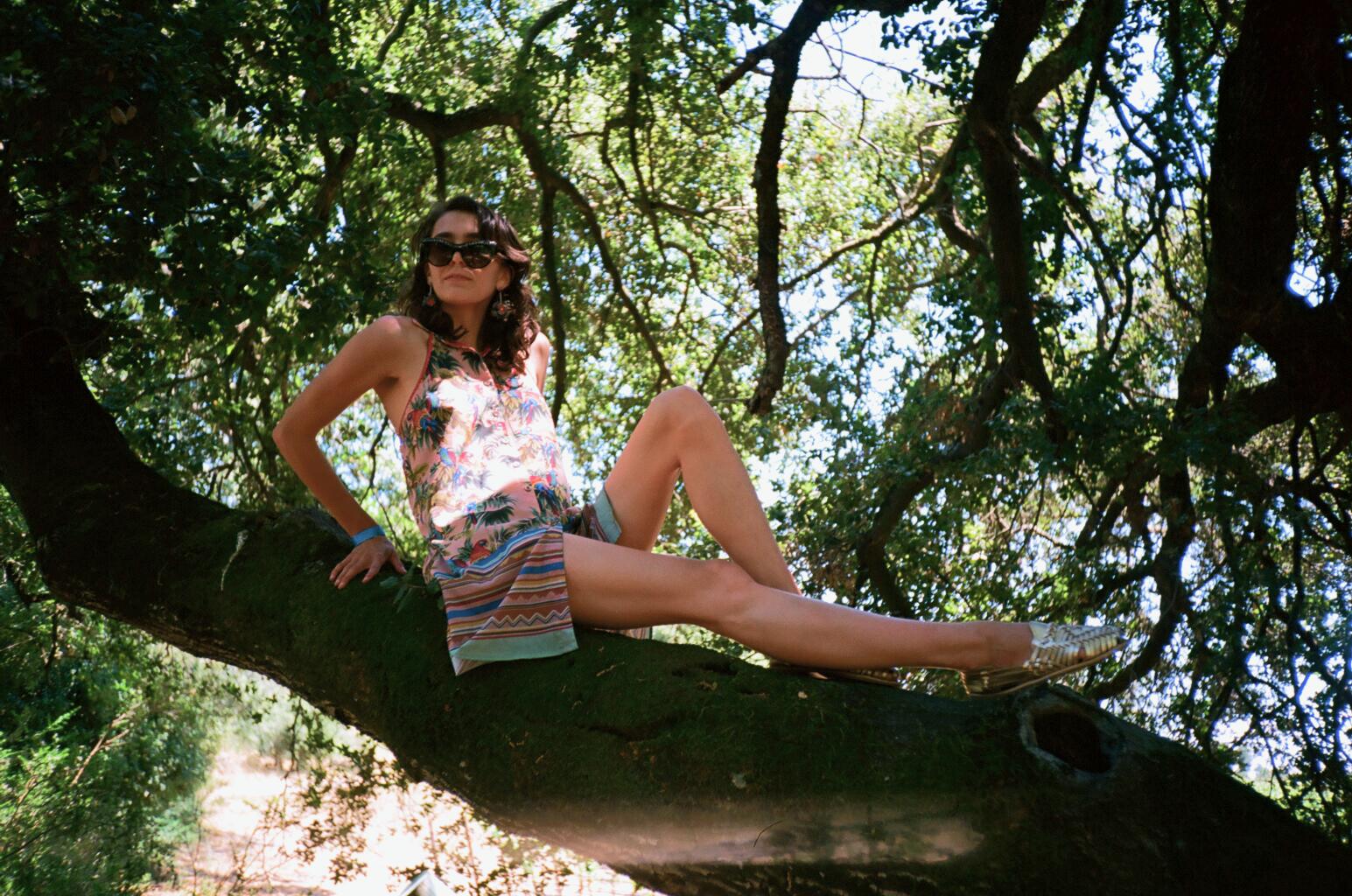 Meg Webb: Sunburn Chic