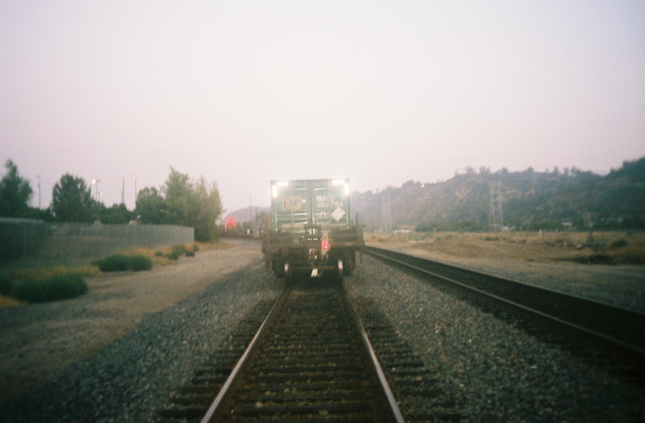 197500-R1-E025.jpg