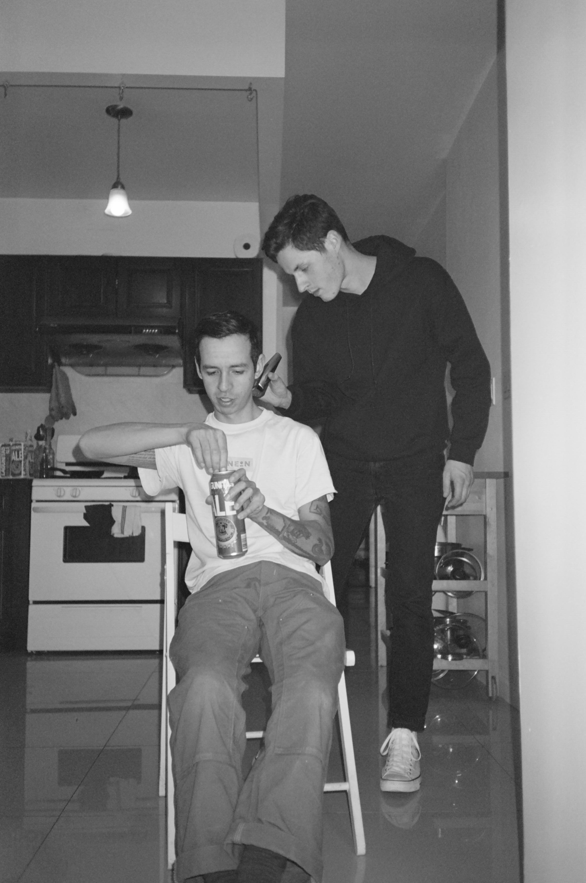 haircut4-20850011.jpg