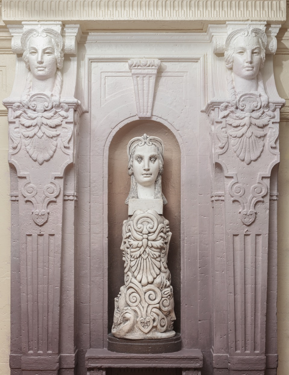 """Liberty Eyes , installation view. Leslie Fry. 2018. Reinforced plaster, ink, steel.49"""" x 18"""" x 10½""""Freehand New York, NYC, Freehand/Bard Art Commission.Photo by Jeanette May, courtesy of the artist."""