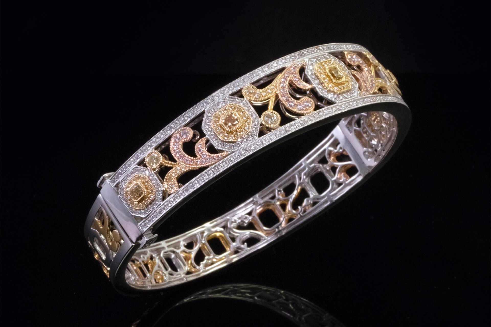 Custom-Ring-1920x1280.jpg