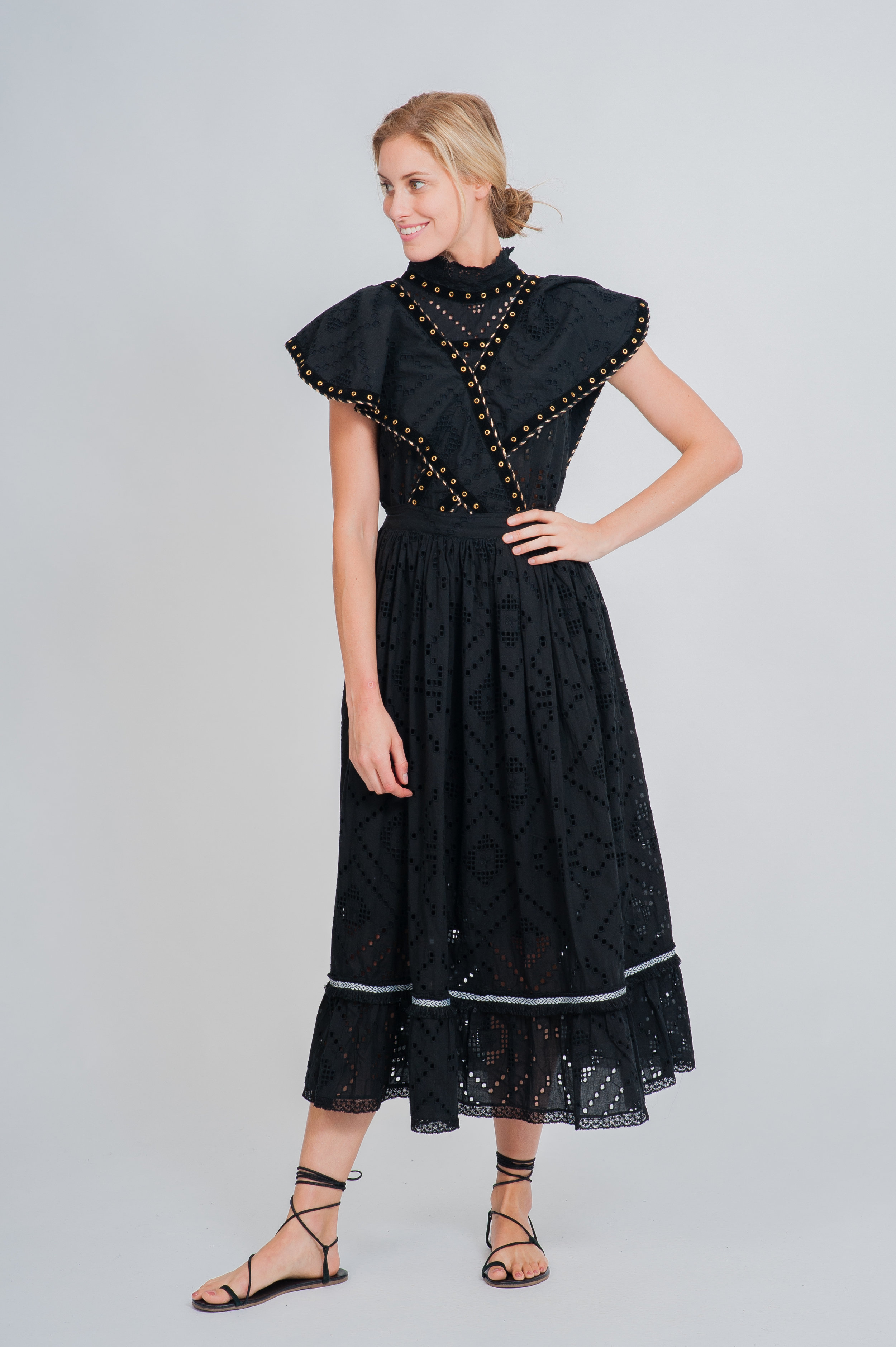 SS19-43 GRAND-TERRE CUTWORK LACE PINAFORE DRESS worn with  SS19-09 LE PILOU CUTWORK LACE SMOCK TOP