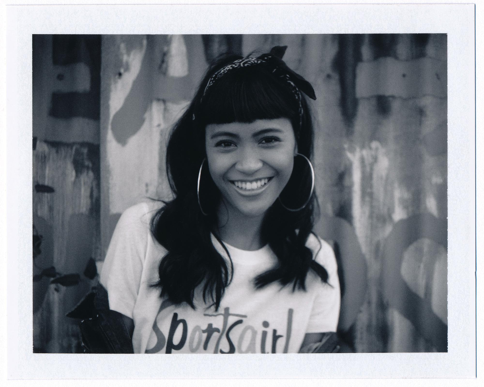 Polaroid_07_Mid.jpg