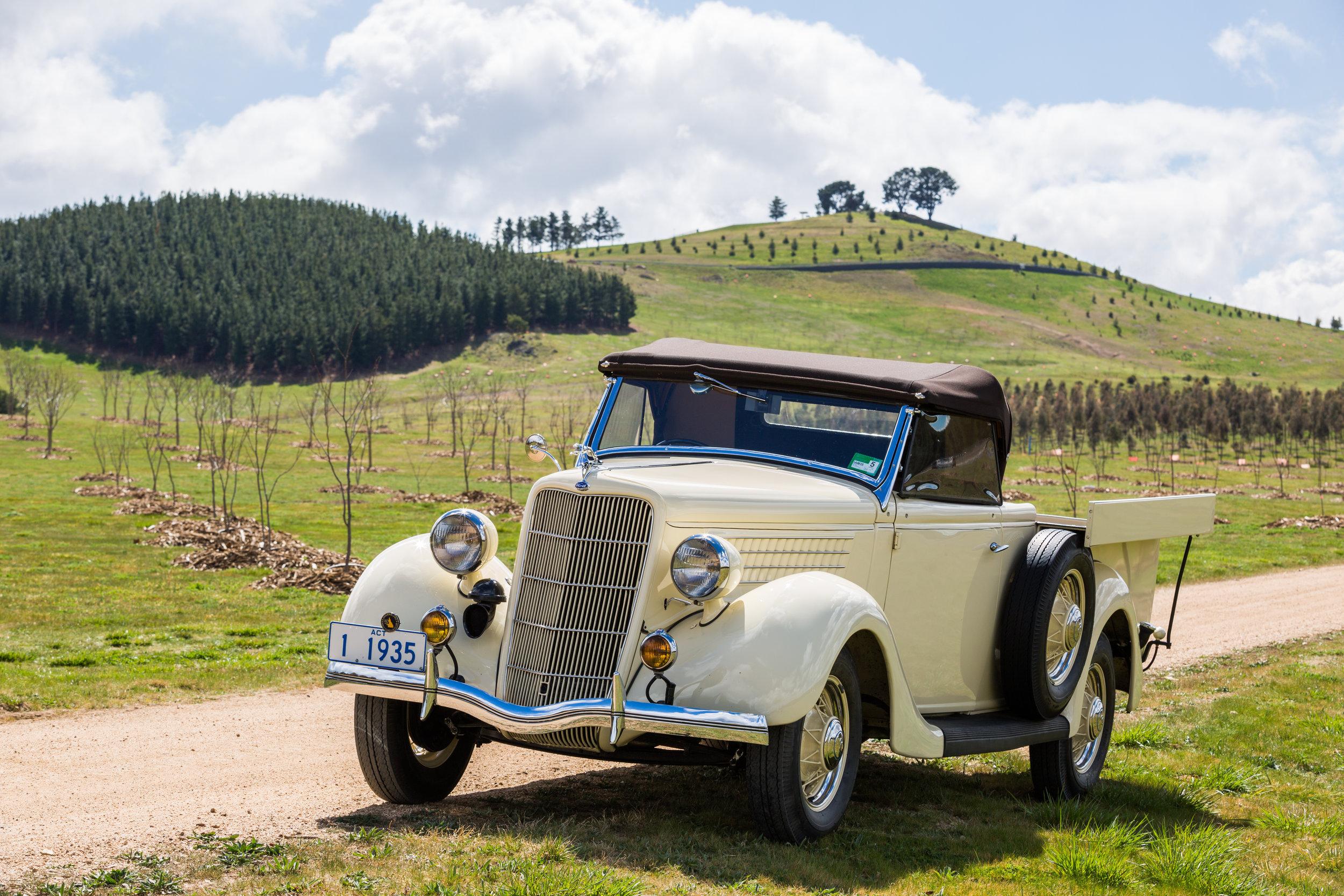 1935 Ford Roadster Ute