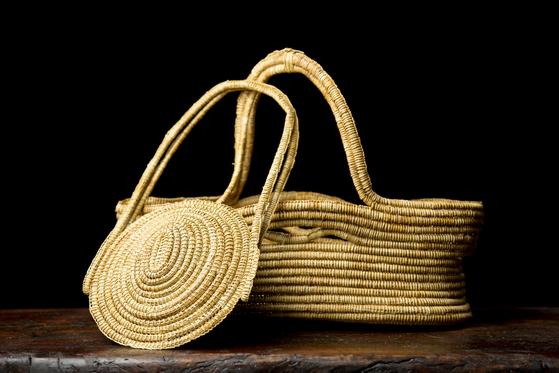 Ngarrindjeri sister basket and carry basket