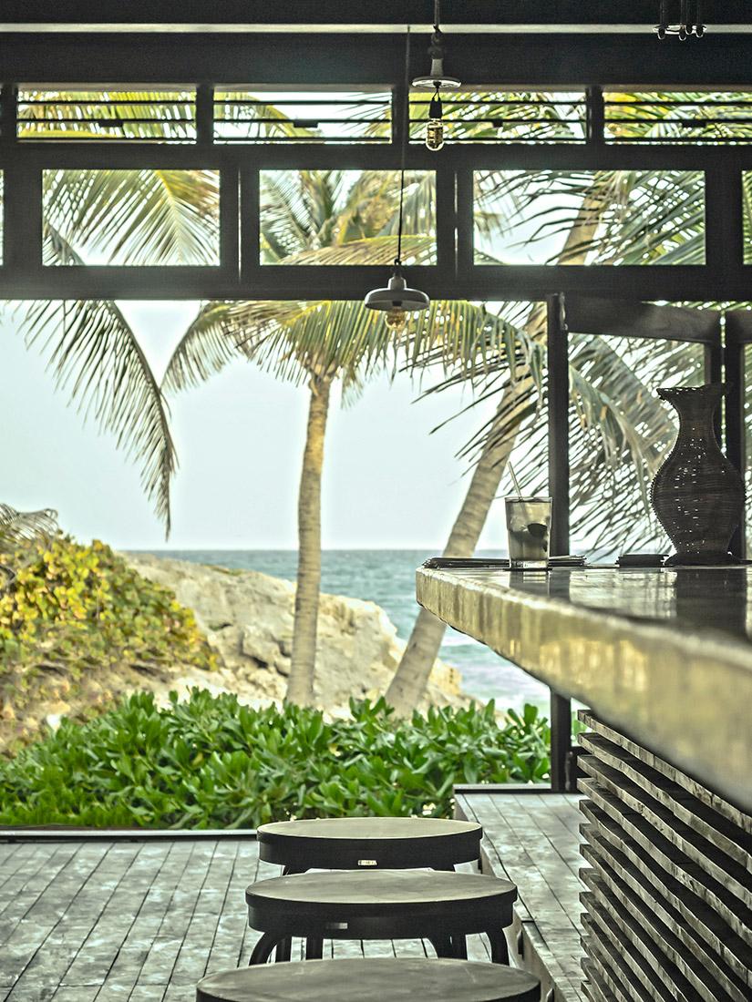 mina_highlights_tall_beachvibes2.jpg