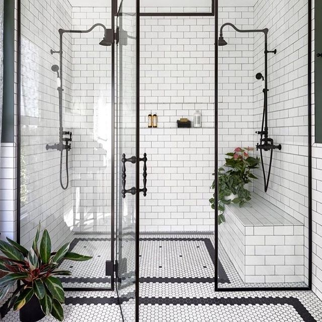 Classic Black & White Bathroom Luxury 📸 @interiorblink 💕 . . . . . #blackandwhite #subwaytile #subway #blacklist #blackluxury #luxe #luxeinteriors #bathroom #bathroomdesign #interiordesign #interiordesigner #homesweethome #homedecor #tiler #bathroomtile #surfacedesign #marblemosaics #surfacetilessydney #mondaymotivation