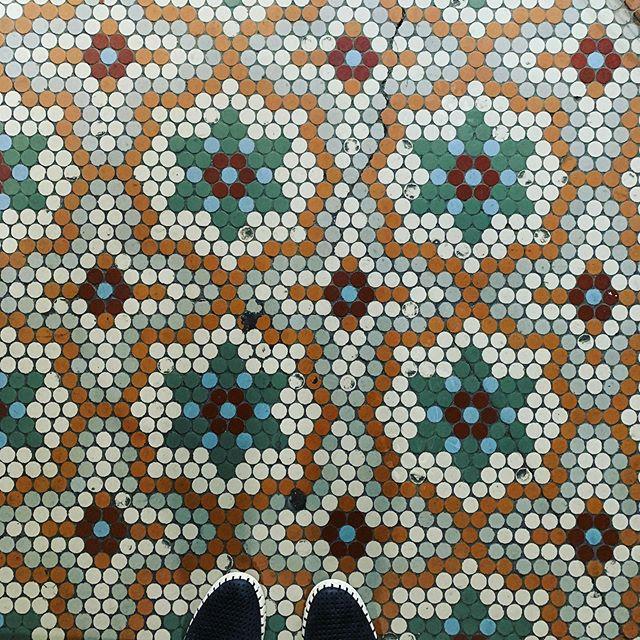 Beautiful Heritage Old Floors . . . . . #local #localstreet #mosaicart #mosaic #mosaictile #ihaveathingwithfloors #ihaveathingwithtiles #ihaveathingwithcolor #tiles #heritage #heritagetiling #oldstyle #sydneytiler #tiler #details #detail #interiordesign #architecture #sydney #sydneyarchitecture #designer #surfacetilessydney #friday