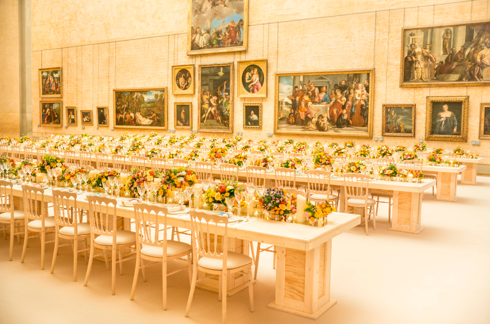 We juxtaposed rap music with the Louvre's main hall as a nod to Koons' bold artistic style.